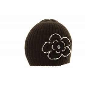 Fekete női kötött sapka, strasszal díszített virággal - 2017/18 tél